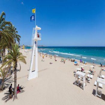 Playa_del_Postiguet,_Alicante,_España