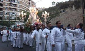 Procesión Virgen del Socorro. Hostal La Lonja