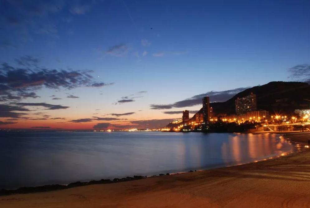 Dónde ver el atardecer en Alicante ciudad