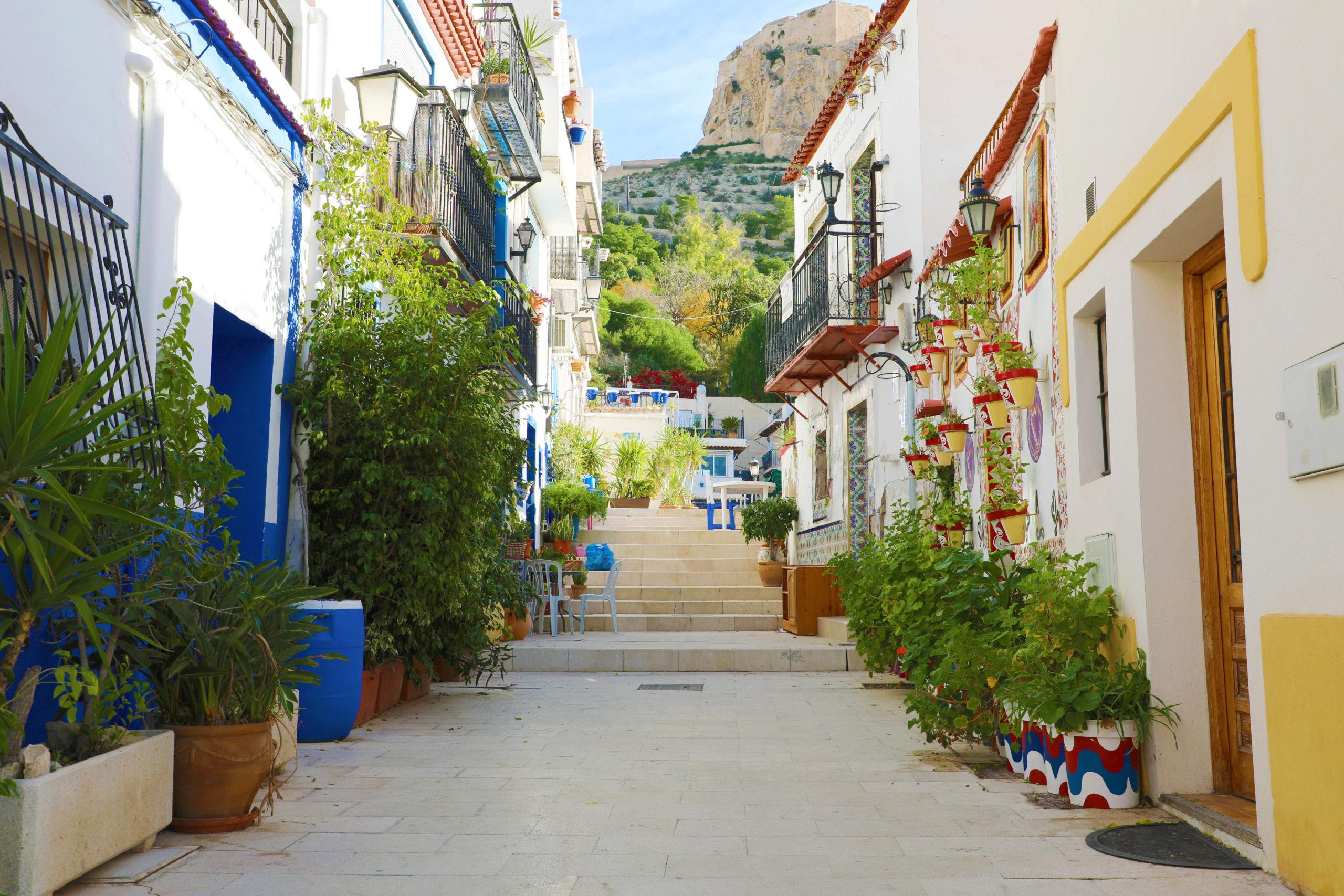 fotografía del barrio de santa cruz, alicante